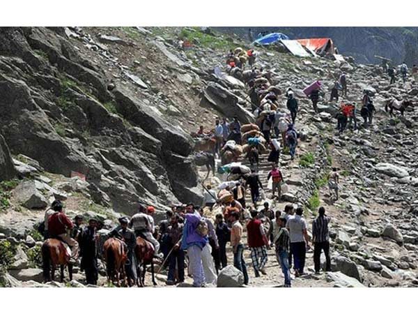 Another 724 pilgrims leave for Amarnath Yatra base camps from Jammu. PTI file photo