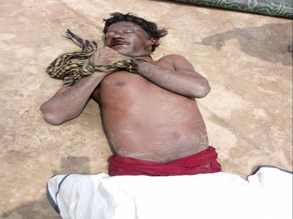 The body of BJP worker recovered from a pond in West Bengal. Photo credit: Twitter