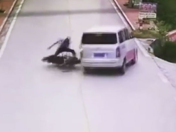 This biker is not happy to have evaded an injury in the crash