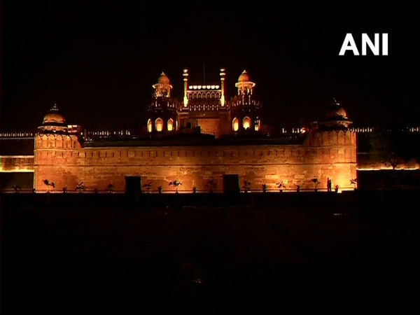 I-Day celebrations: 2,500 lamps illuminate Red Fort after sunset