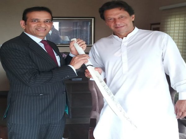 Indian envoy to Pakistan meets Imran khan