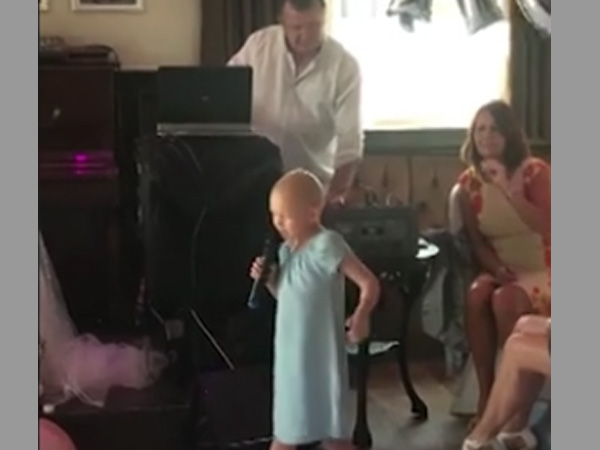 This girl suffering from cancer has no reason to feel depressed; see what she does at a wedding party