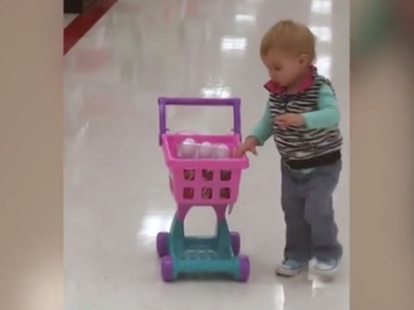 Kid speeds with her shopping cart inside grocery store; meets a hilarious end