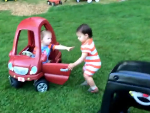 The twins are having a serious fight and they can't even talk!