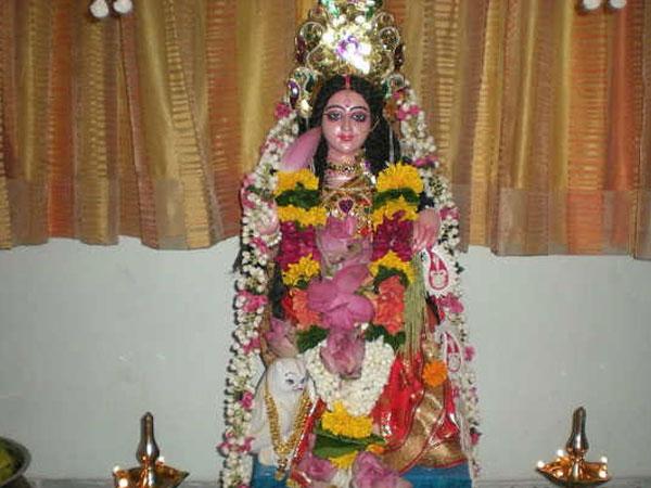 Varamahalakshmi 2018: Significance of Varalaxmi Vrat and fasting