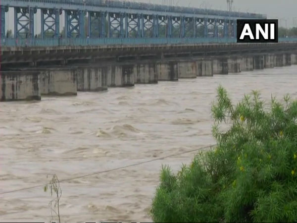 UP: Flood like situation in Kanpur