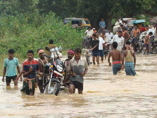 Floods affect over 6.5 lakh people in Odisha