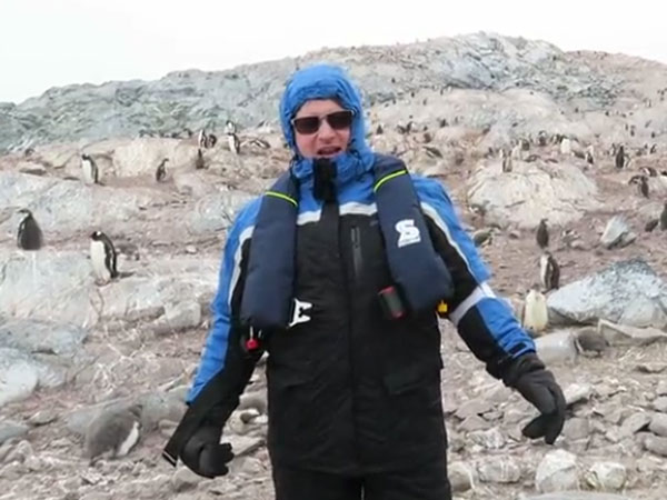 Opera singer decides to sing for the penguins in Antarctica… you won't believe what happened