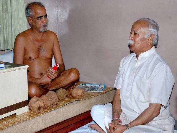 Jain monk Tarun Sagar passes away in Delhi - Oneindia News
