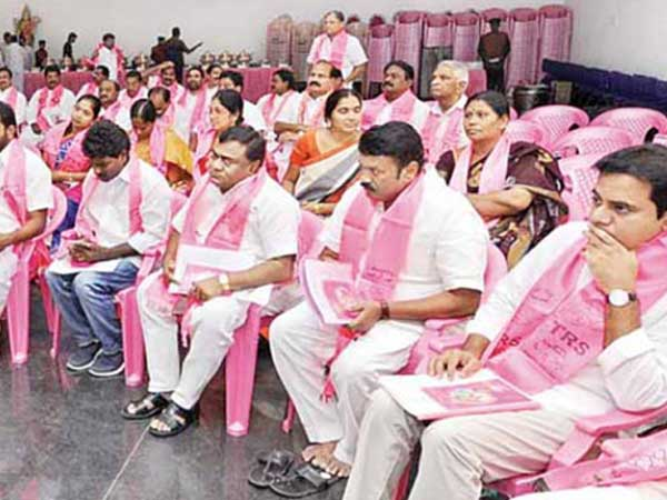 Telangana elections: Rumblings within TRS over ticket distribution
