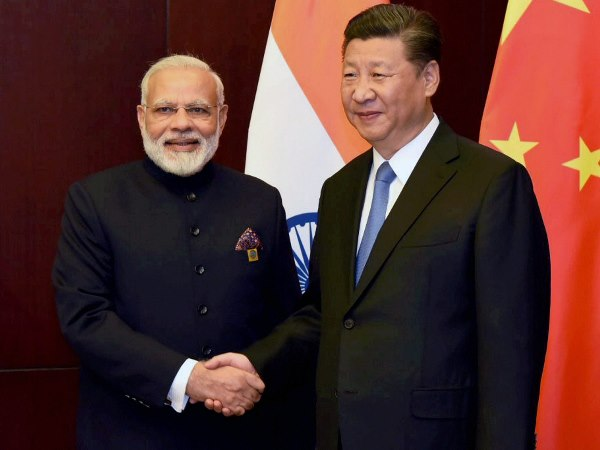 A file photo of PM Modi and Chinese president Xi Jinping