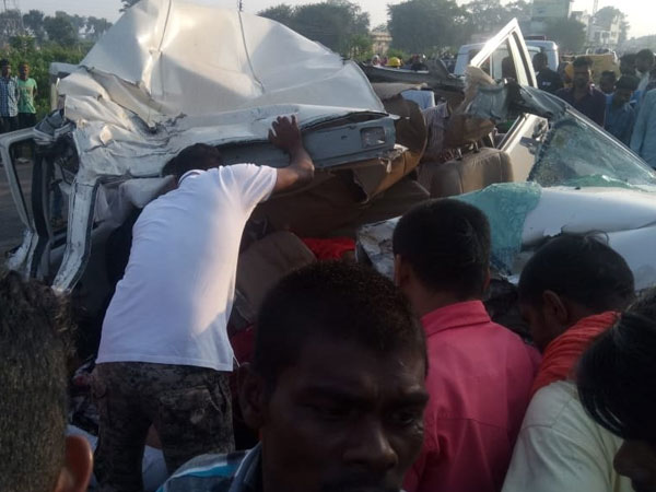 Chhattisgarh: 10 killed as SUV collides with truck