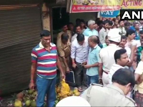 [West Bengal: 1 dead, 9 injured in blast at Dum Dum Nagar Bazar, Minister blames RSS]