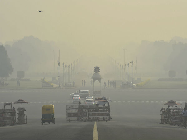 Delhi's air quality shows slight improvement, but still in poor category