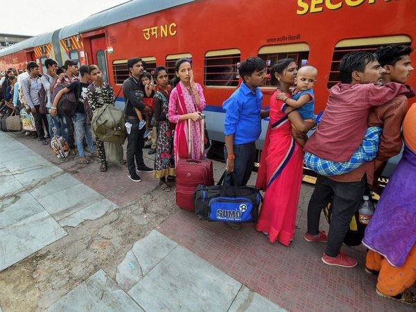 Exodus of North Indians from Gujarat