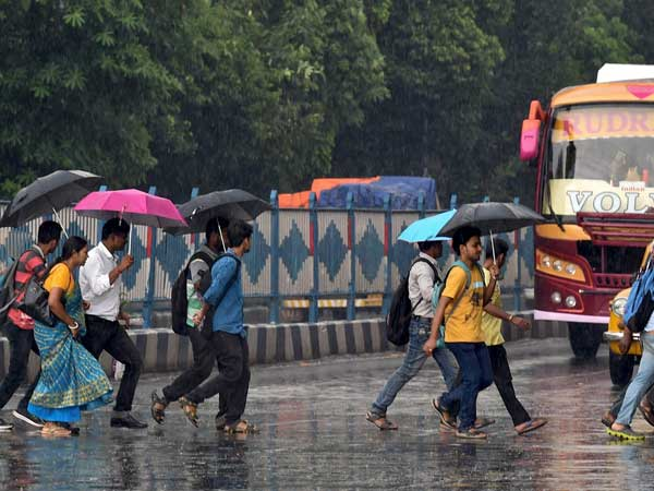 Weather forecast for Oct 10: Heavy rains likely in Kolkata