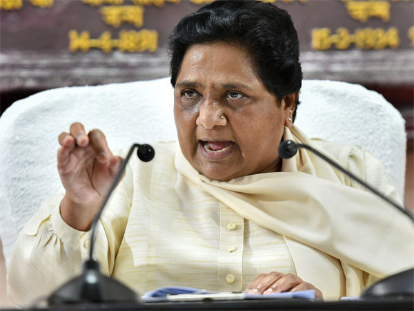 BSP chief Mayawati extends support, takes Congress past magic number in Madhya Pradesh