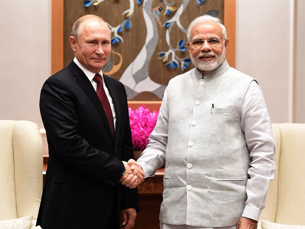 File photo of PM Modi with Russian President Vladimir Putin