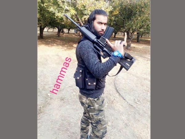 ISI stole US sniper guns and handed it over to Jaish in Kashmir