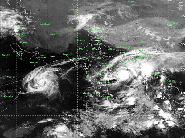 Cyclone called Titli (Butterfly)! Who named it? - Oneindia News