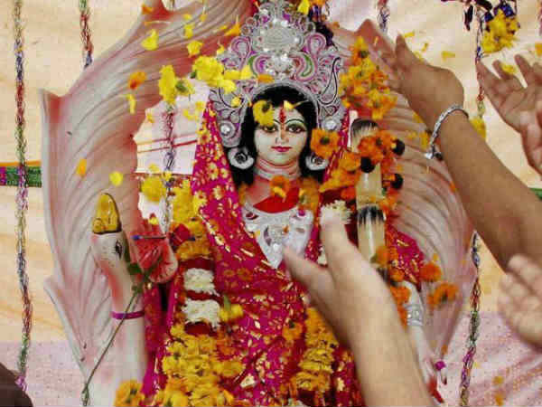 Durga Puja funds: Win for Mamata as HC refuses to accept PIL against govt decision