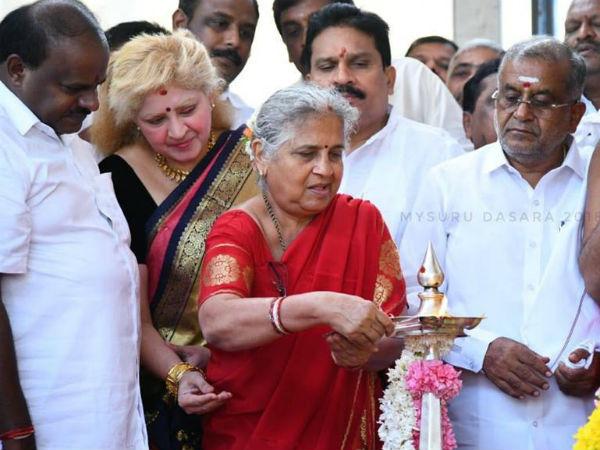 Sudha Murthy inaugurates Mysuru Dasara, announces Rs 25 crore for flood-hit Kodagu
