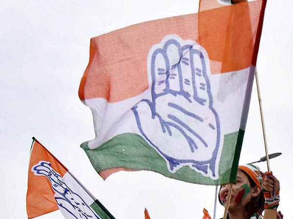 Telangana polls: Congress expels 19 for contesting against officialcandidates