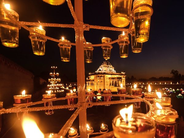 Lamps lit at Akshardham Temple in Gandhinagar