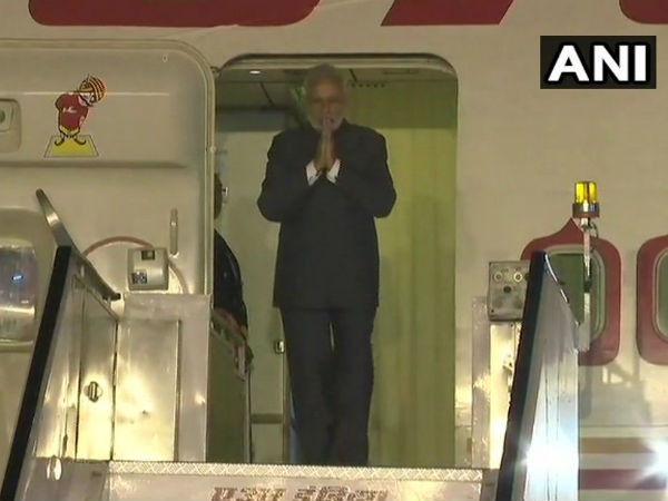 PM Modi arrives in Delhi after attending ASEAN summit in Singapore
