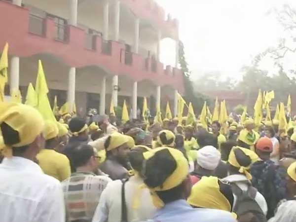Two-day farmers protest in Delhi; demand for better MSP, loan waivers