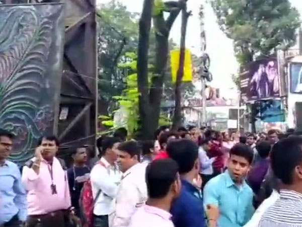 Fire breaks out at high-rise on Park Street in Kolkata