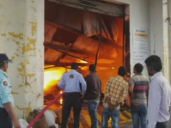 UP: Fire breaks out in Unnao Potato chips factory