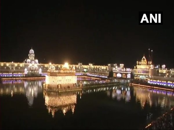 Golden Temple decked up for Gurpurab