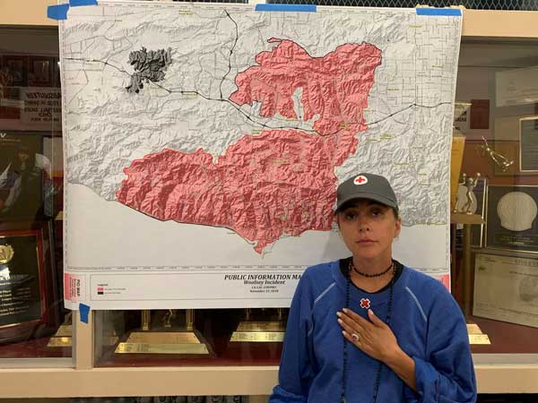 This celeb lost her own home in California wildfires but she has come to people's rescue