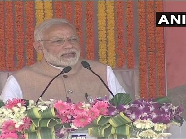 'Urban Naxals remote control naxals', says Modi in Jagdalpur rally