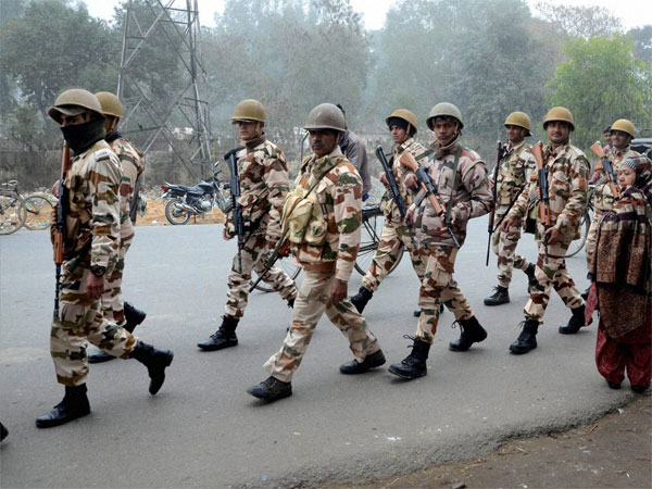India lost 400 paramilitary men in action between 2015-17