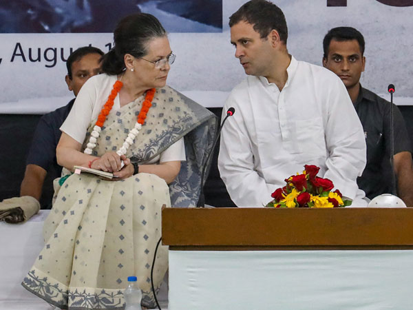 Telangana elections: For the first time Rahul-Sonia to share stage