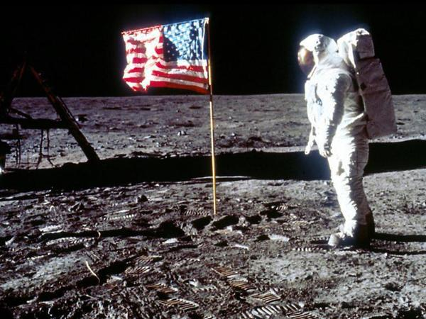 Russia space agency to 'verify' US moon landings on upcoming mission