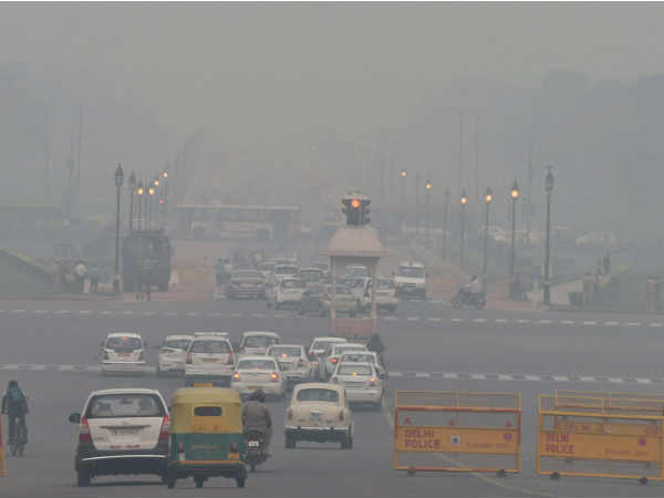 Weather forecast for Dec 7: As winter approaches, Delhi grapples with cold waves, toxic air