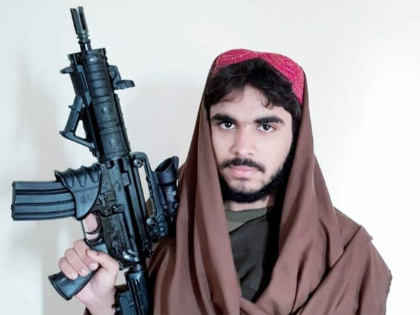 Jaish chief reserves best weapons for his nephews, while rest fight with SLRs