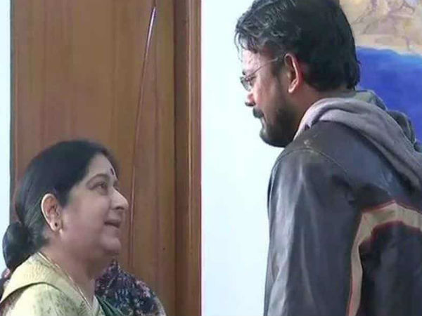 After spending six years in Pakistani jail, freed Indian Hamid Ansari, his mother meet Sushma Swaraj