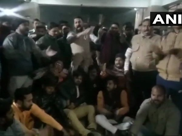 Protest against Police after BJP leader Pratyushmani Tripathi was shot dead in Lucknow on Monday. Courtesy: ANI news