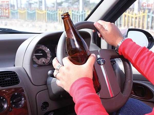 UK: Driver complains to cops that fellow driver is drunk but wait… he too is drunk!