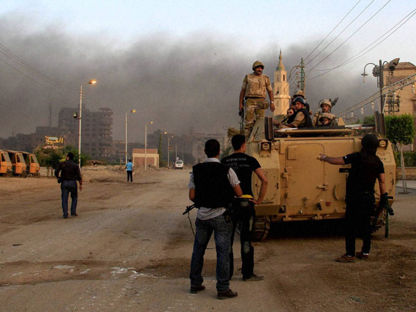 Egypt: Police kill 40 terrorists after Giza bus strike
