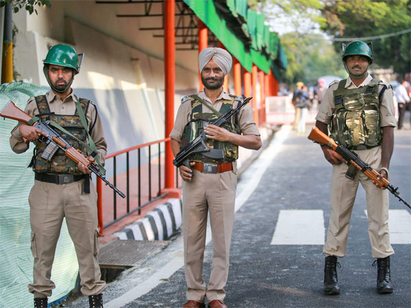 J&K cops to get non-lethal pepper-ball launching systems