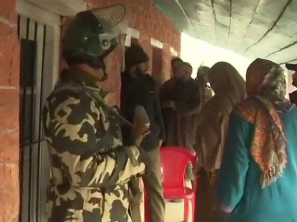 J&K: 75.3% voter turnout recorded in seventh phase of panchayat elections