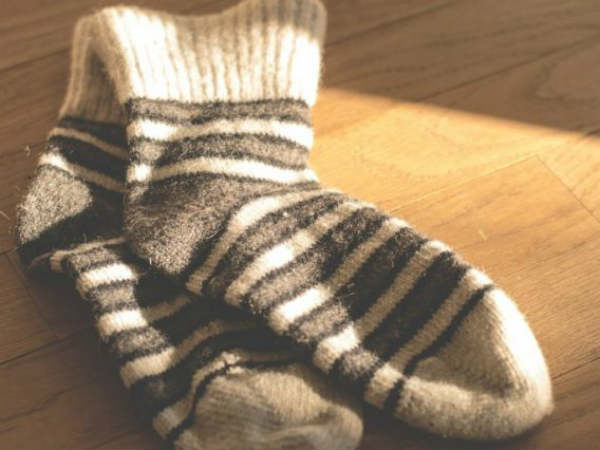 Do you have a habit of smelling your stinky socks? If you have, read this…