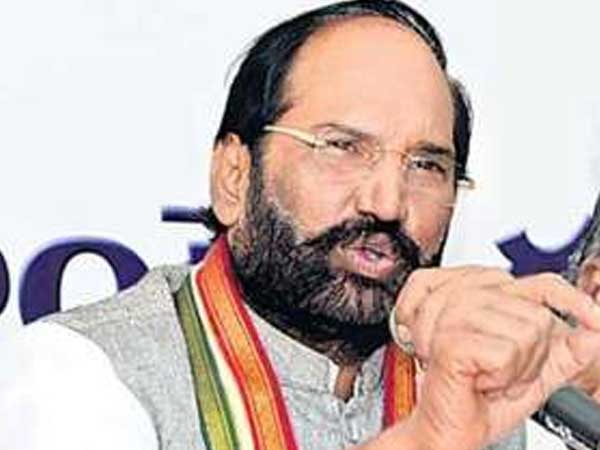 Amidst TRS sweep in Telangana, Congress complains about EVMs