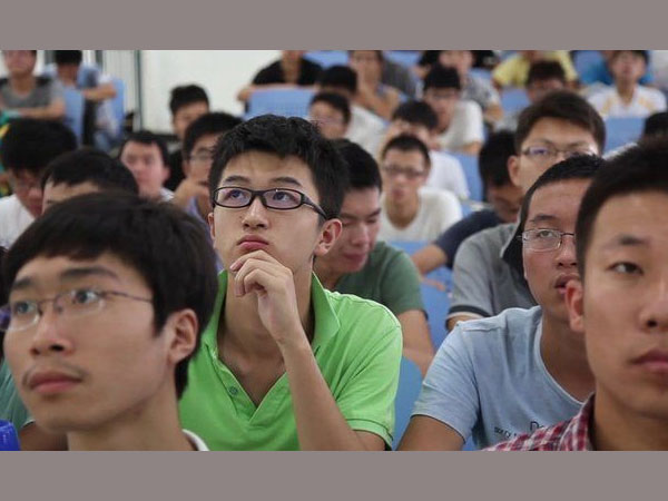 "China: University students asked in exam ""What are the advantages of AIDS?"""