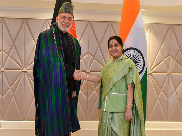 External Affairs Minister Sushma Sawraj meets former Afghanistani President Hamid Karzai on the sidelines of 4th Raisina Dialogue, in New Delhi